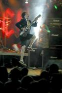 "Bild "" ac dc live rock angus young"""